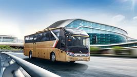 金龙客车龙威Ⅱ代XMQ6127CY大巴车图片欣赏