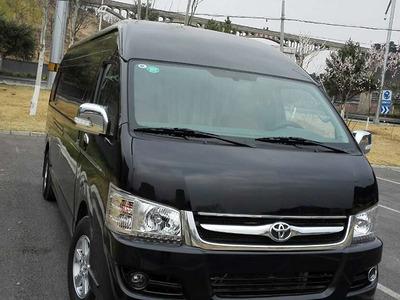 丰田海狮11座旅游租车包车