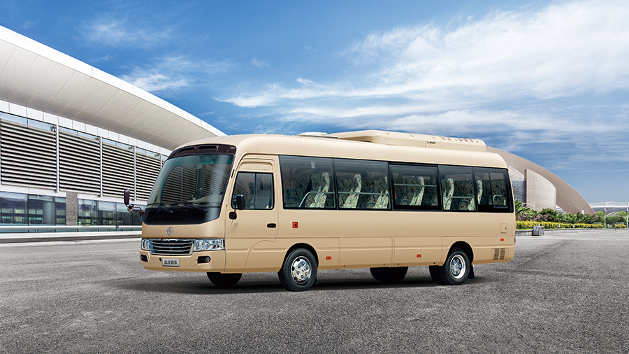 金龙客车纯电动客车企事业单位班车XMQ6806大巴车图片