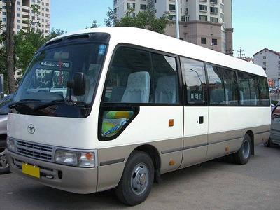 中巴出租_中巴租赁_中巴车租车丰田考斯特旅游租车